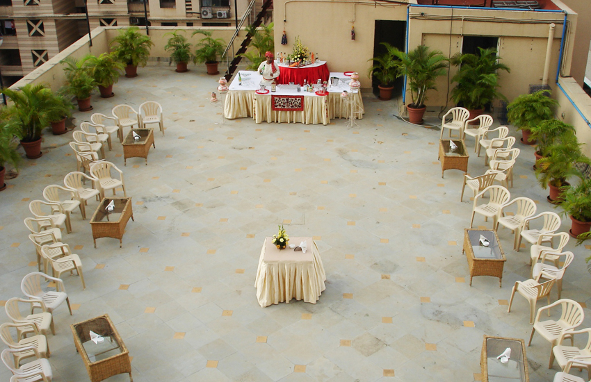 Terrace party decoration crowdbuild for for Terrace party decoration ideas